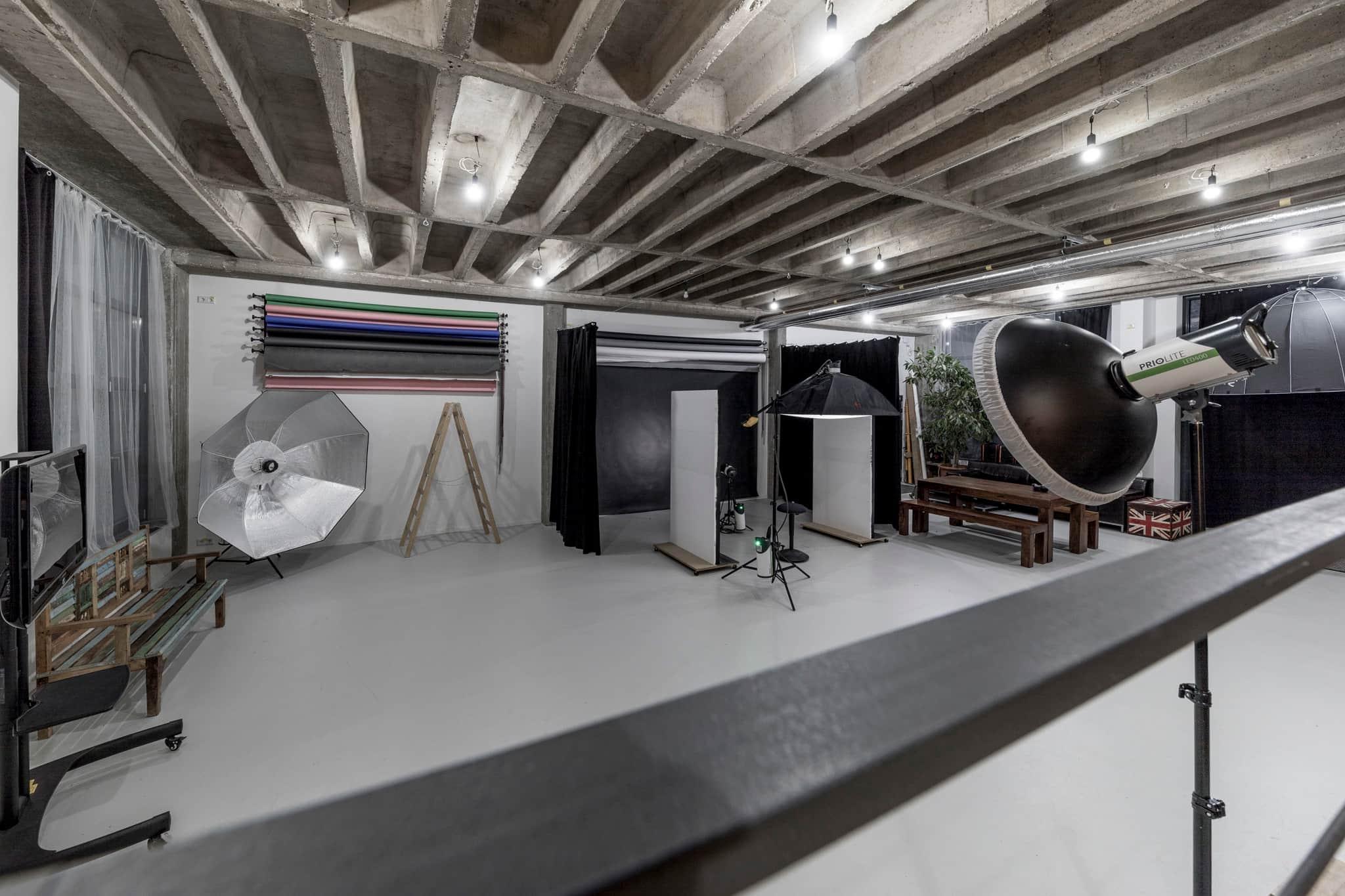 Fotostudio Studio-X1 Shooting Bereich Fotografie Foto Darmstadt Odenwald Gross-Bieberau Groß-Bieberau alte möbelfabrik
